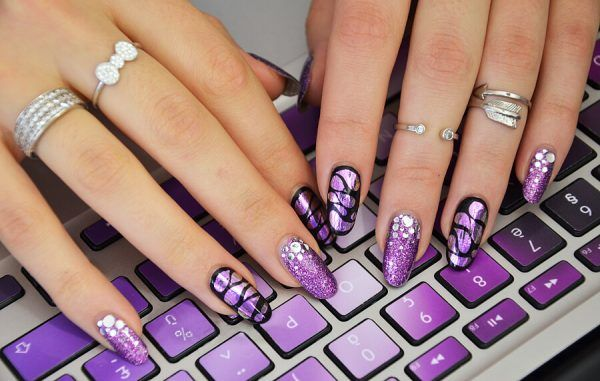 Роскошный маникюр в фиолетовых оттенках